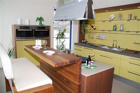 cuisine braun häcker musterküche designerküche mit kochinsel und