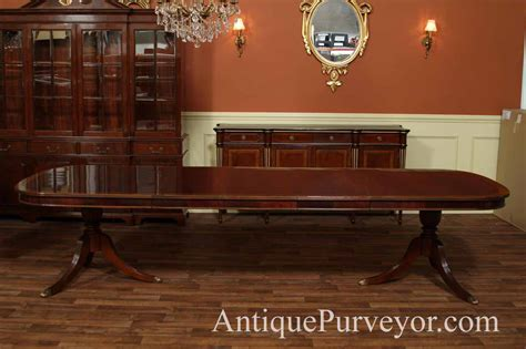 Mahogany Dining Room Table With Leaves Seats 1214 People