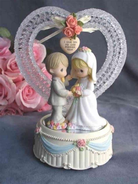 precious moments  true wedding coupleheart musical