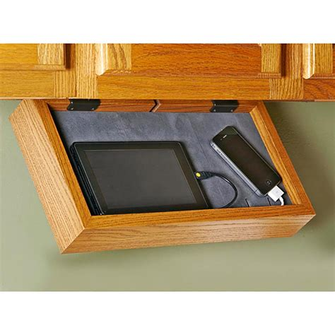 phone charging station woodworking plan  wood magazine