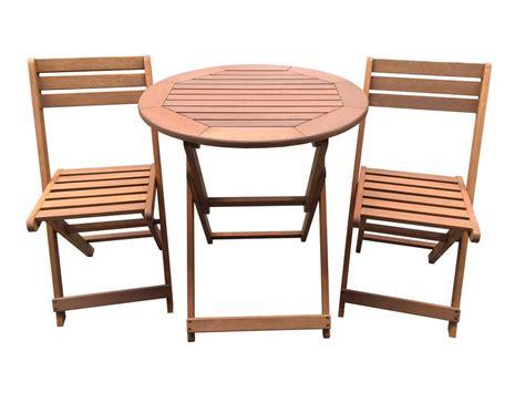 chaise longue en teck table de jardin en bois 2 places