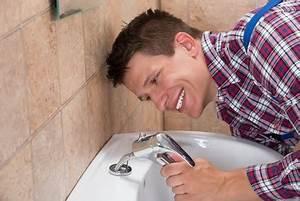 Kartusche Wasserhahn Auswechseln : wasserhahn wechseln m nchen sanit r notdienst aaron dietrich ~ Lizthompson.info Haus und Dekorationen