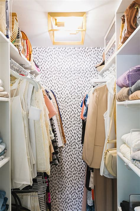 Walk In Closet Wallpaper by Closet Makeover Organization Tips For An Efficient Tiny