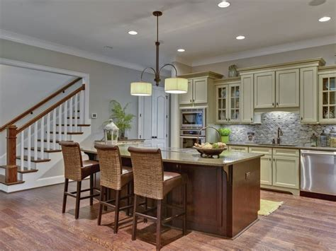accessible beige kitchen cabinets sherwin williams 7036 accessible beige family room