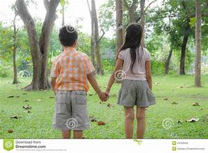 Holding Hands Royalty Free Stock Images - Image: 34792649