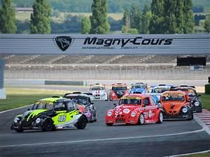 Circuit De Magny Cours : d couvrez magny cours val de loire ~ Medecine-chirurgie-esthetiques.com Avis de Voitures