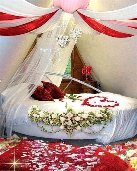 Bedroom Ideas For Honeymoon by 33 Best Bedding Images On