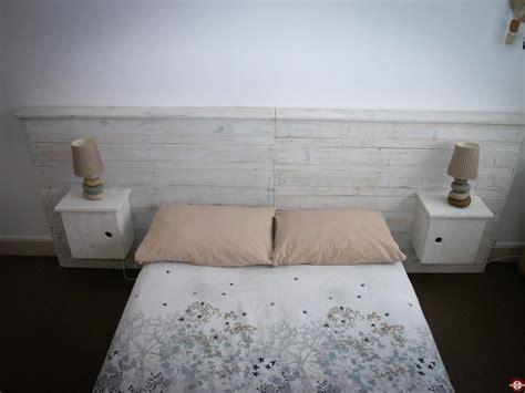 un valet de chambre fabriquer un valet de chambre valet de nuit mural quid b