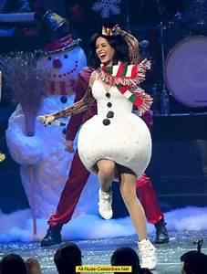Katy Perry performs at KIIS FM Jingle Ball 2010