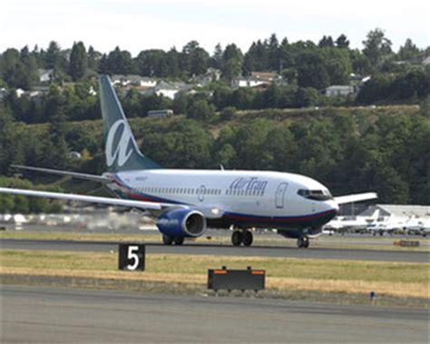 Airline Merger Rumors Flying High - CBS News
