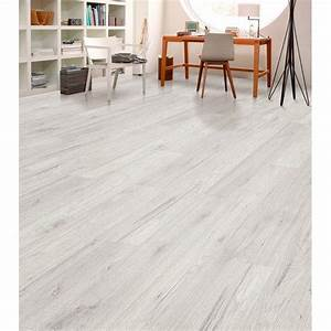 Hochwertiger Pvc Bodenbelag In Holzoptik : die besten 25 laminatboden kaufen ideen auf pinterest laminatboden farben vinyl eiche und ~ Markanthonyermac.com Haus und Dekorationen