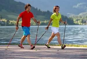 При гипертонии можно заниматься скандинавской ходьбой