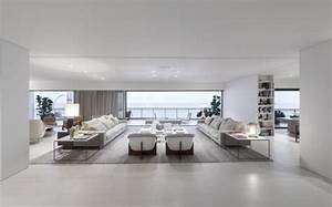 deco salon blanc pour une atmosphere accueillante 80 idees With tapis de gym avec grand canape moderne