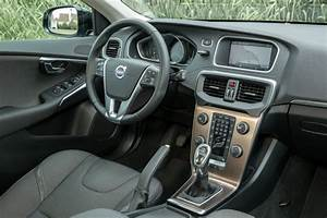 Fiabilité Volvo V40 : volvo v40 cross country versta edition 2016 nouvelle s rie sp ciale photo 3 l 39 argus ~ Gottalentnigeria.com Avis de Voitures