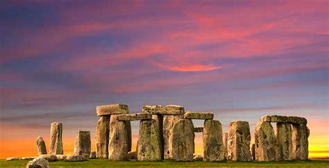 hidden treasures  southern england  globus