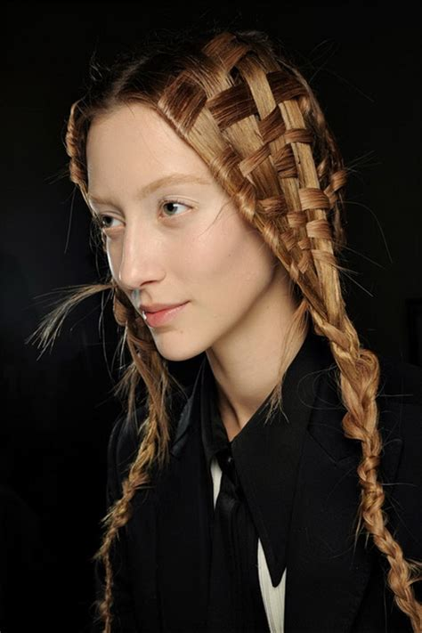 Easy And Cool Hairstyles by Cool Easy Hairstyles For Hair