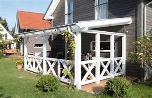 überdachte Terrasse Holz : terrassen berdachung aus holz in wei garten pinterest terrassen berdachung wohnraum und ~ Whattoseeinmadrid.com Haus und Dekorationen