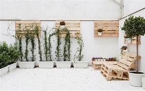 Terrasse Aus Europaletten : palettenm bel terrasse wand t pfe aufh ngen sessel garten pinterest m bel aus paletten ~ Orissabook.com Haus und Dekorationen