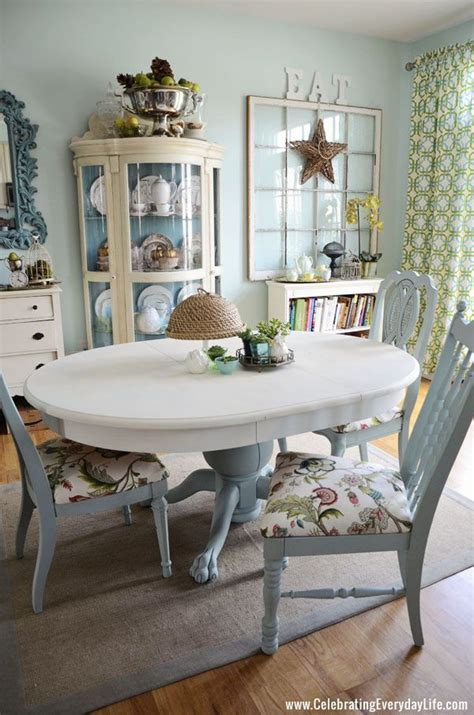 chaises jaunes how to save tired dining room chairs with chalk paint right now patte blanche chaises jaunes