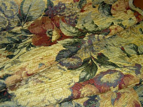 Additional Pictures Of Floral Chenille Upholstery Weight