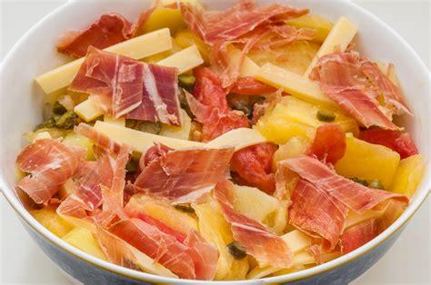recettes de cuisine anciennes salade de pommes de terre aux tomates anciennes comt 233 et jambon sec kilometre 0 fr