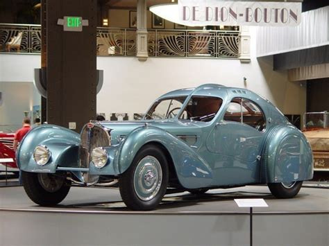 The type 57sc chassis was the combination of the supercharged 57c engine with the low and short 57s chassis used for racing. BUGATTI TYPE 57SC ATLANTIC COUPE - PlanetCarsz
