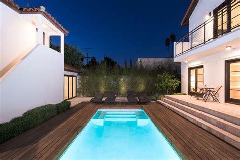 casa di rihanna suite privata con vista sulla piscina sei bagni e tanta