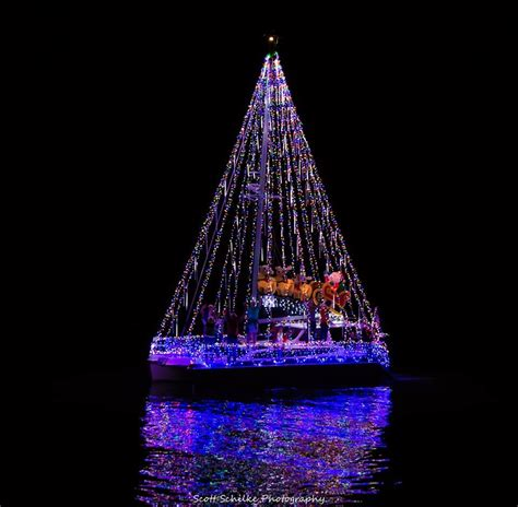 marco island christmas boat parade  marco escapes