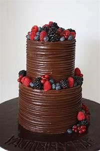 Décorer Un Gateau Au Chocolat : 18 id es pour d corer le g teau d 39 anniversaire de fille ~ Melissatoandfro.com Idées de Décoration