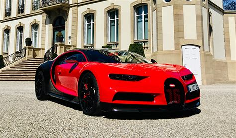 Bugatti also welcomes the super sport 300+ to the chiron's roster, and only 30 of them will be offered to the public. La Bugatti Chiron Sport à l'essai : performances Irrationnelles