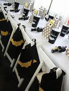 decoration table anniversaire pour la fete de votre enfant With salle de bain design avec décoration batman anniversaire