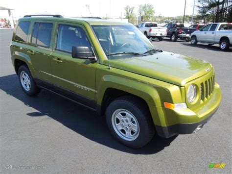 dark green jeep patriot 2012 rescue green metallic jeep patriot sport 62976641
