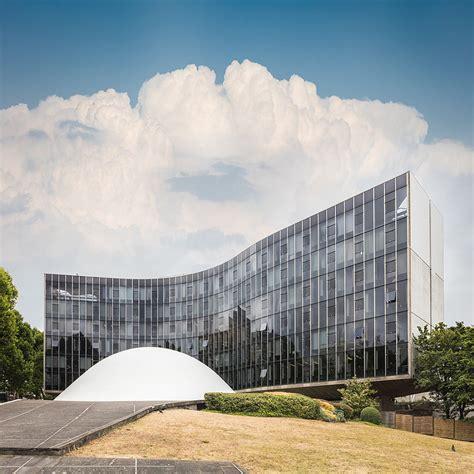 siege pcf modernist architecture niemeyer 39 s brutalist masterpiece
