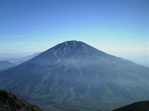 gambar gunung merbabu  jawa tengah ardi la madis blog