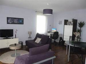 salon violet et blanc finest salon taupe et violet With amazing deco peinture salon 2 couleurs 2 peinture chambre fille rose violet 18 deco salon blanc