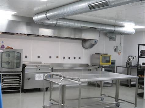 louer une cuisine professionnelle la cuisine professionnelle partagée kitchen on demand