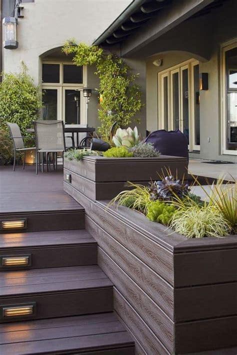 Modern Deck Stairs