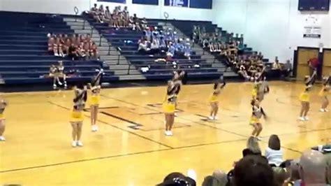 Berkeley Springs High School WVSSAC Region 2 AA Cheer 2013 ...
