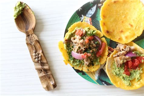 recette pate tacos maison tacos maison galettes de ma 239 s guacamole et boeuf aux oignons royal chill