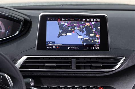 Peugeot 5008 Interni by 2017 Peugeot 5008 Review Autocar
