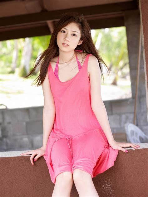 yumi kobayashi cewek jepang cantik foto foto hot hot