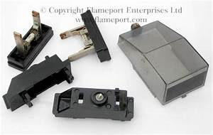 Memera 3 Two Way Metal Fusebox