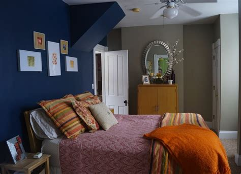 blue bedroom paint colors  small spaces