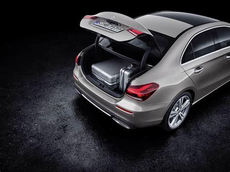 mercedes benz  class sedan joins   door sibling