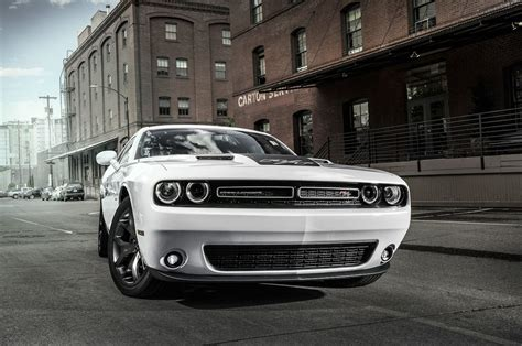 2016 Challenger Rt Horsepower by 2016 Dodge Challenger Reviews And Rating Motor Trend