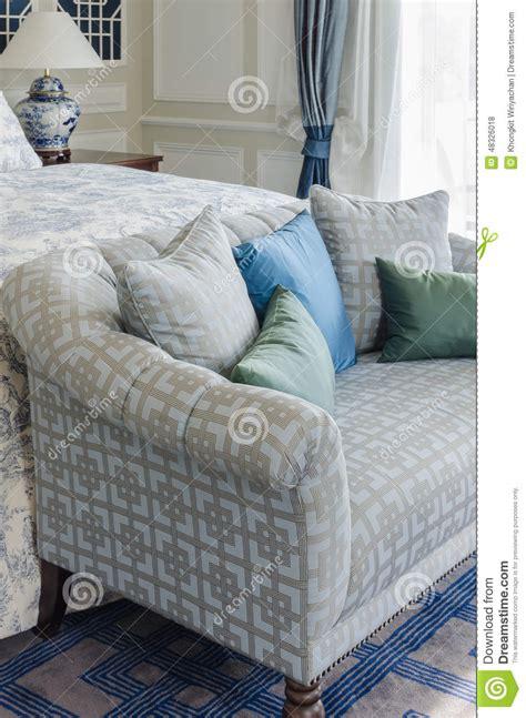 canapé imprimé chambre bleu vert
