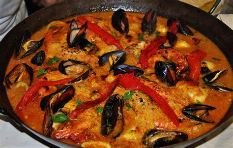 cuisine du poisson les spécialités de l 39 ecureuil espagnol paella tapas