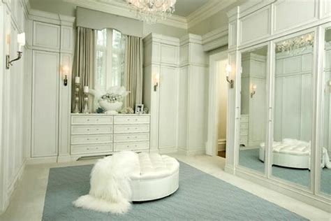 walk  closet design ideas  find solace  master bedroom