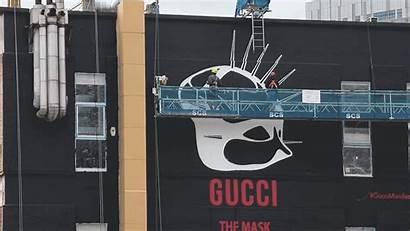 Street Luxury Brands Graffiti Scene London Ads