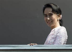 Suu Kyi's party wins historic majority in Myanmar polls ...